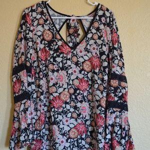 V Neck Floral Tunic